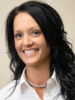 Headshot of registered dental hygienist Stephanie